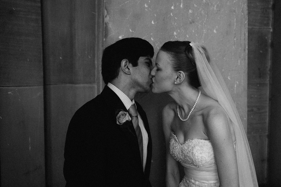 Bride and groom kisses at Melbourne city hall
