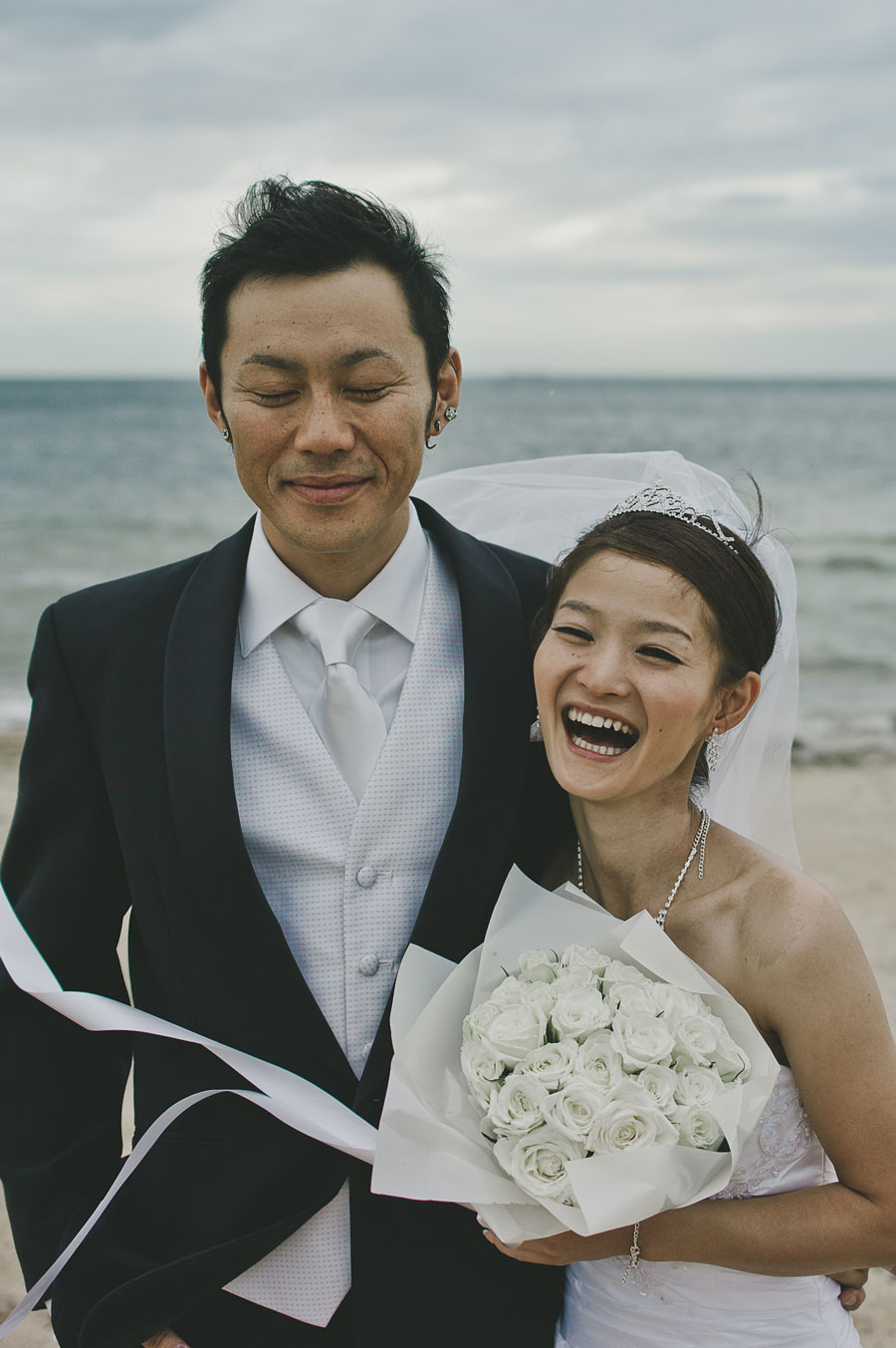 Close up of wedding couple at Brighton beach