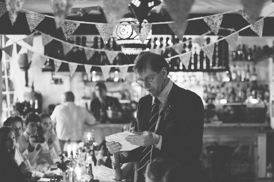 speech by father of the bride - Babalu bar - Lorne wedding