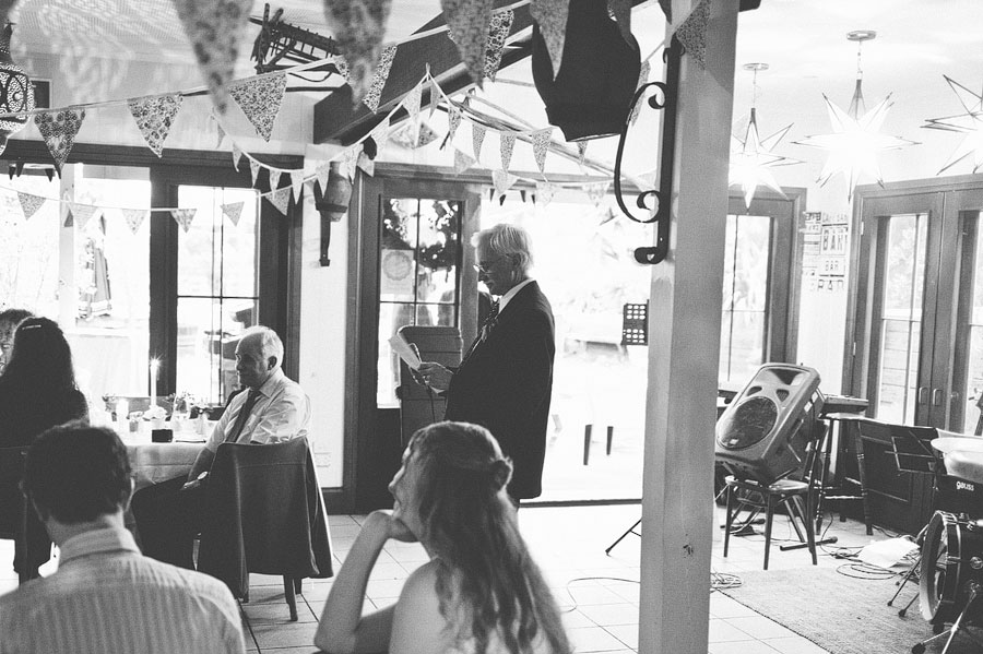 groom's father giving speech - Babalu bar - Lorne wedding