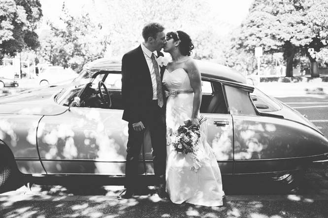 Melbourne Egyptian Wedding kissing citroen