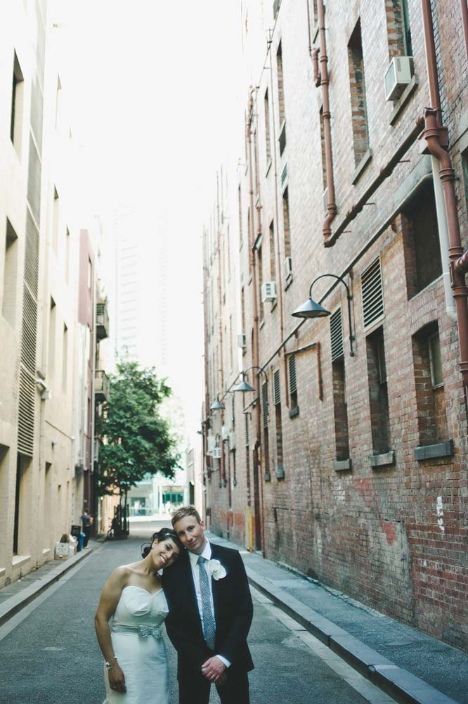 Melbourne Egyptian Wedding alley hugging