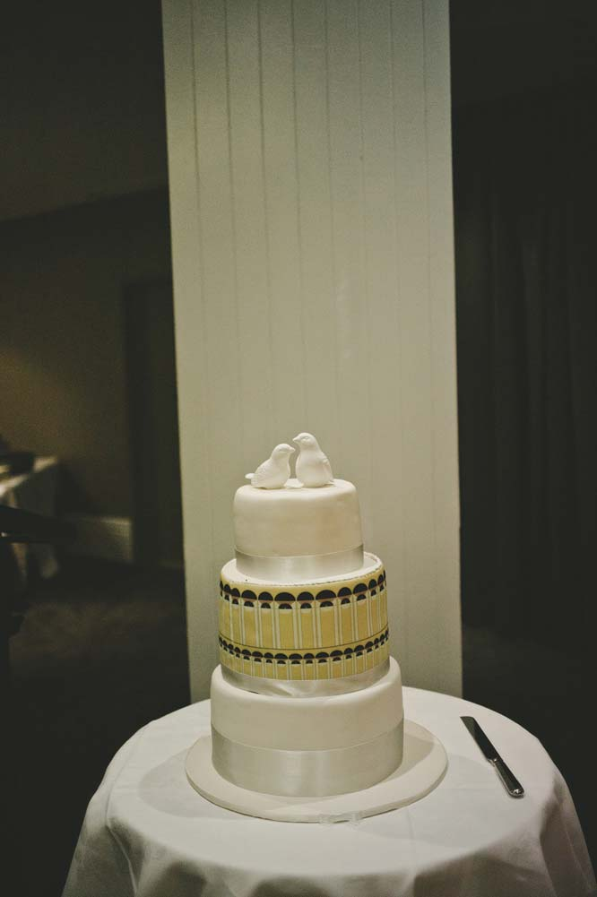 Melbourne Egyptian Wedding cake dove