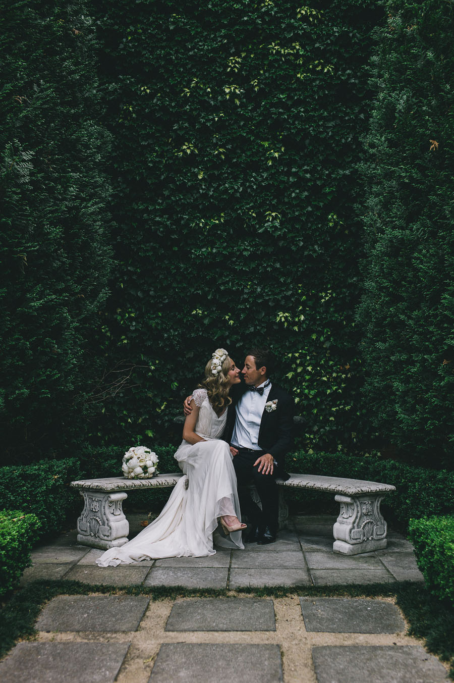 melbourne garden wedding photographer