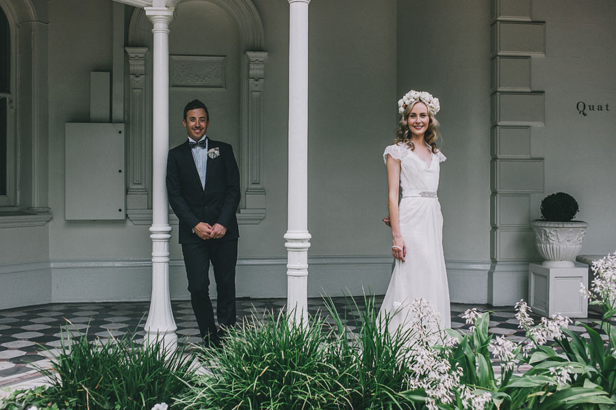 quat quatta mansion melbourne wedding couple
