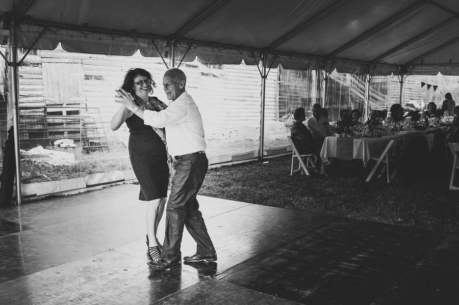 Melbourne bush dancing wedding photographer