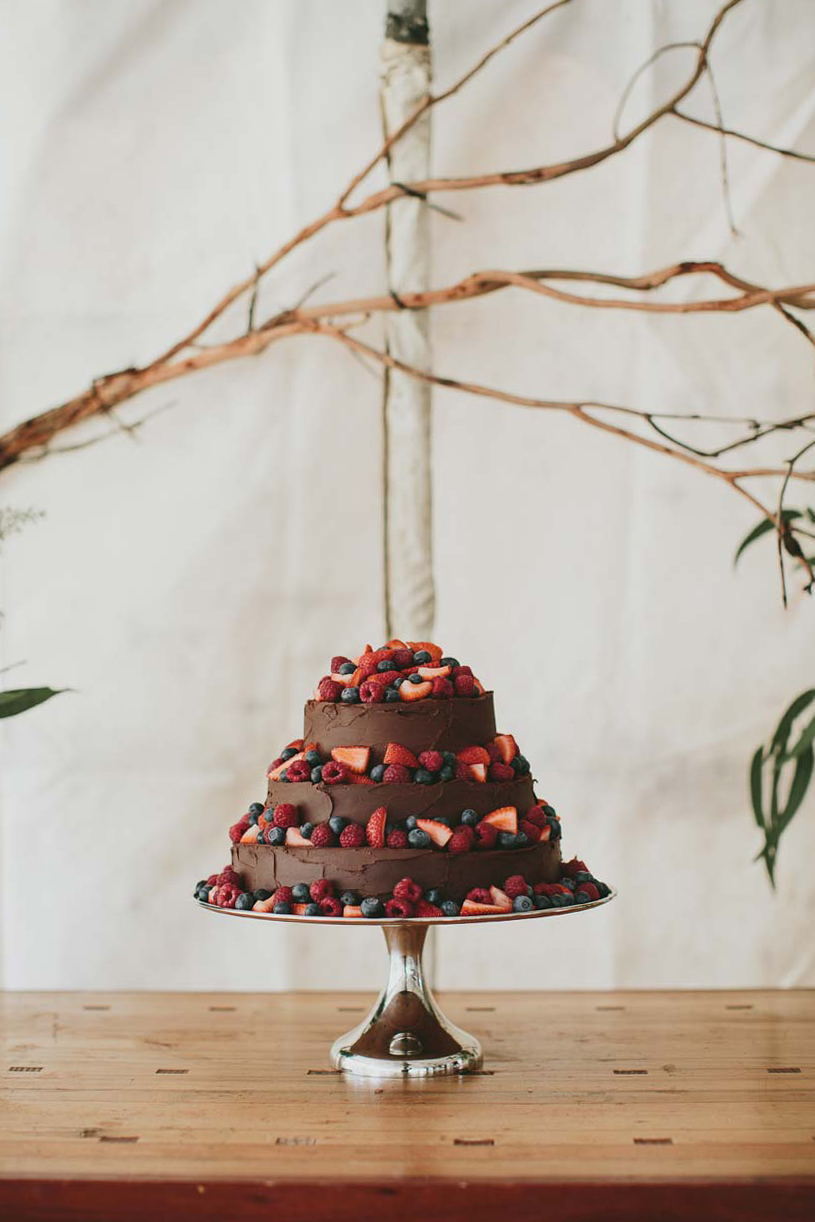 Belgrave wedding cake Melbourne photographer
