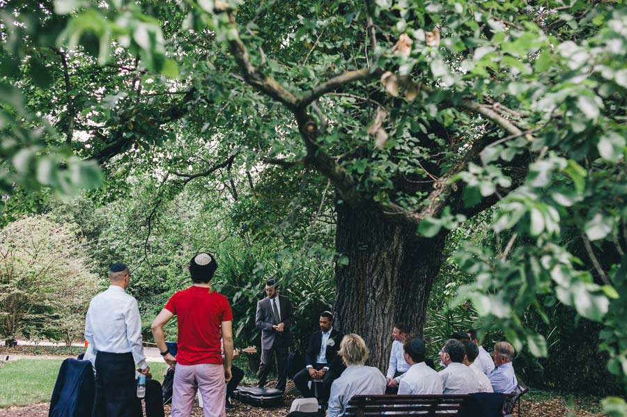 Melbourne royal botanical garden Jewish Wedding groom ceremony