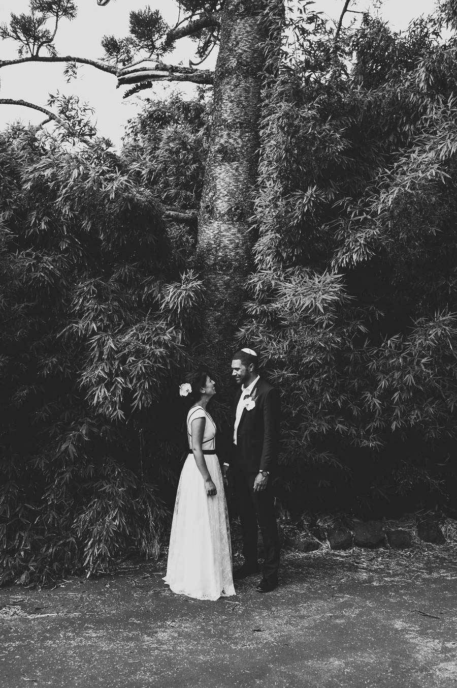 Melbourne royal botanical garden Jewish Wedding couple