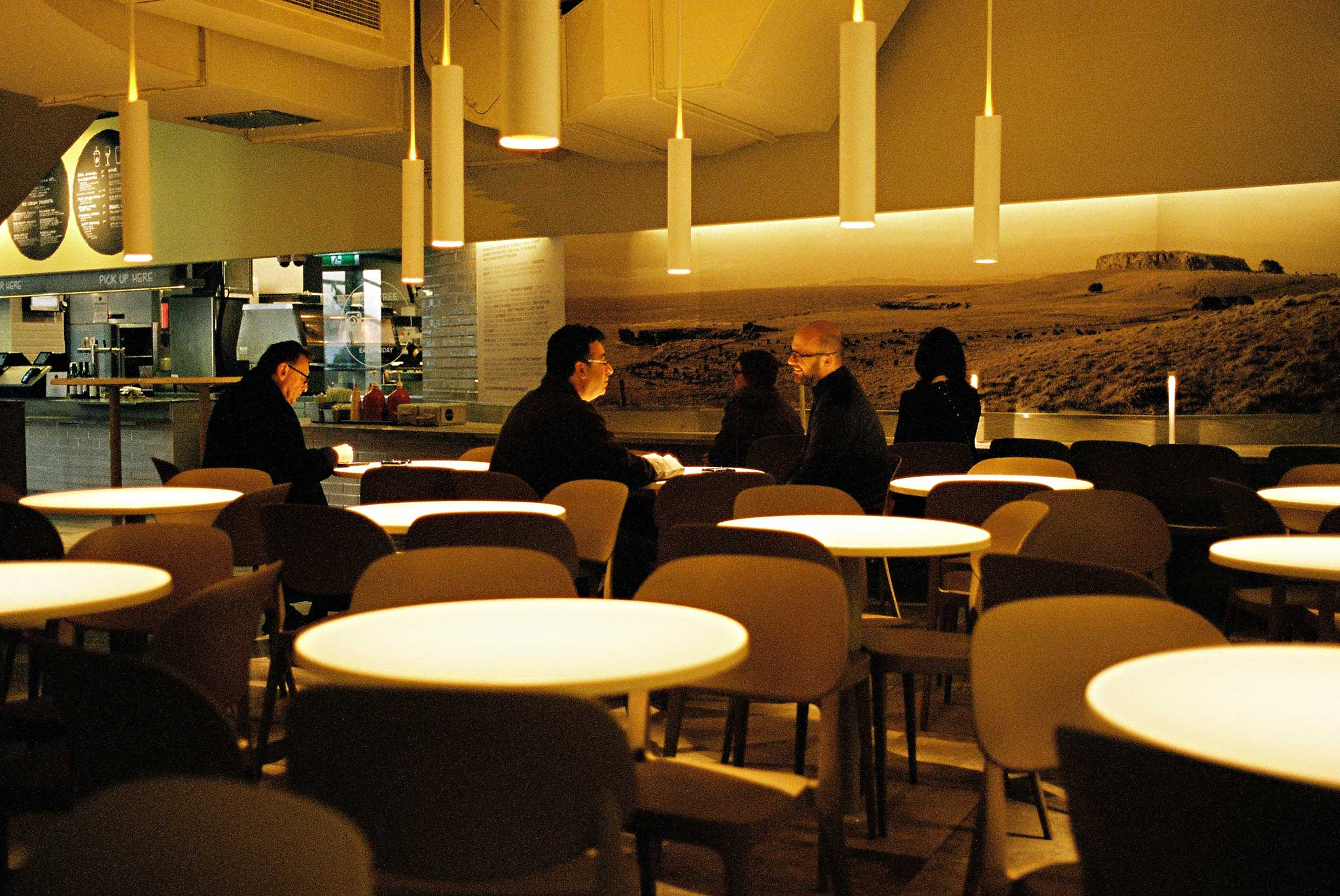 project-burger-world-square-interior