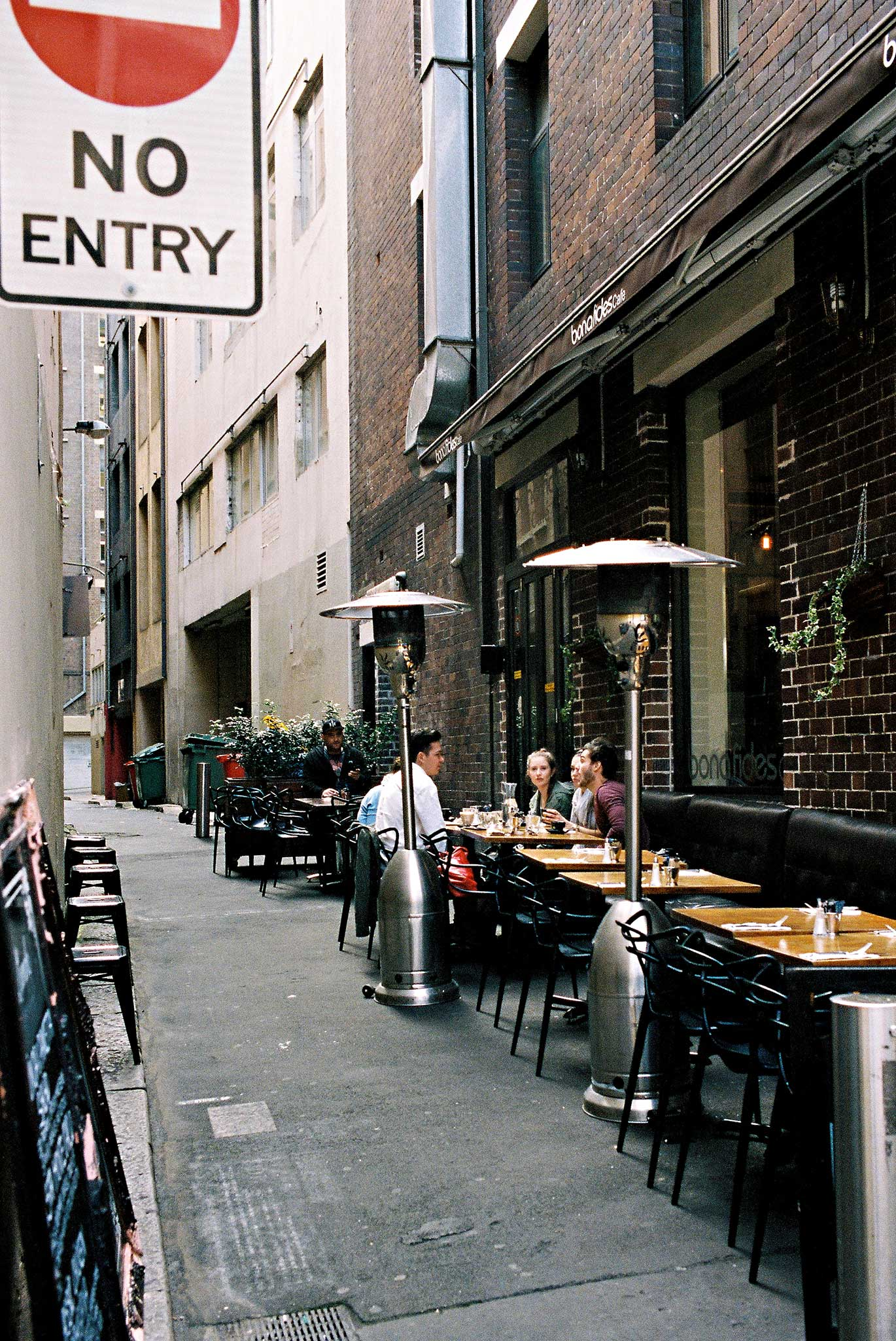 alley-sydney-restaurant-town-hall