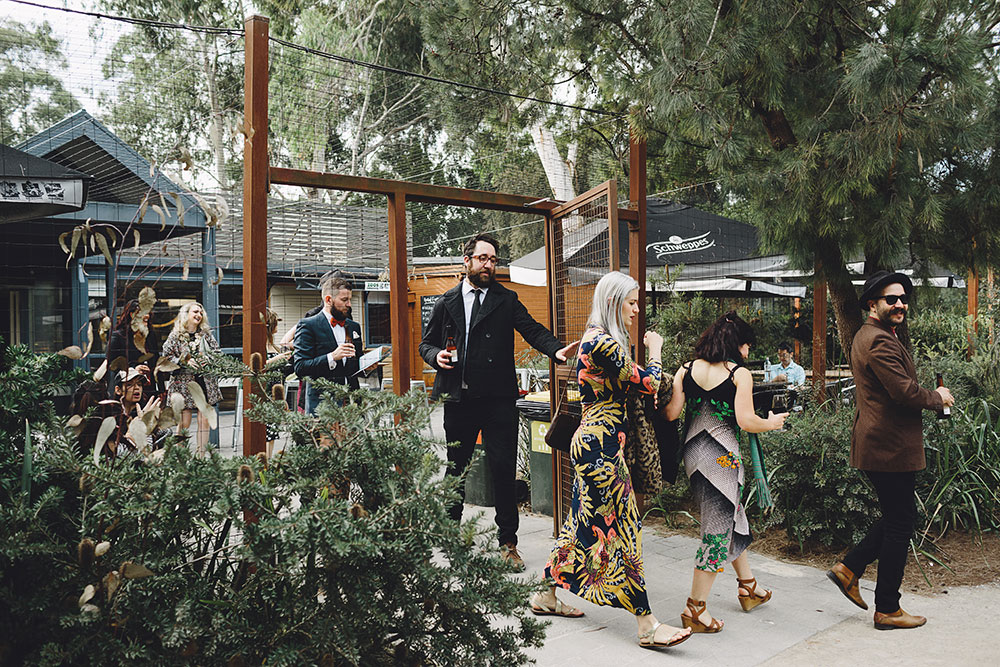 healesville-sanctuary-wedding-guests