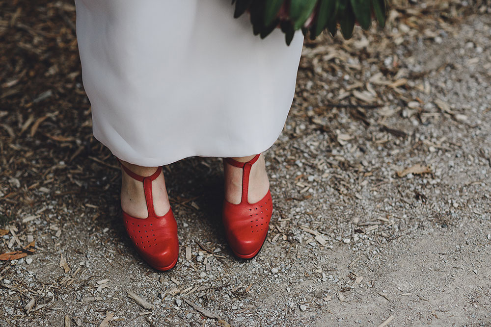 healesville-sanctuary-wedding-bride-red-shoes