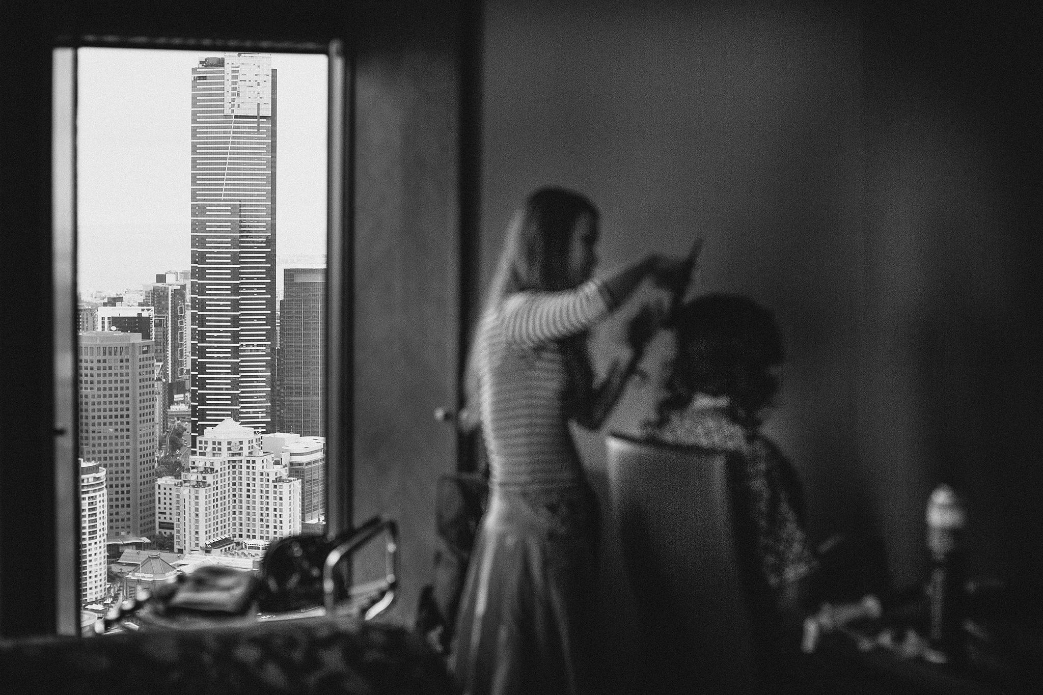 Melbourne-sofitel-wedding-photographer-make-up