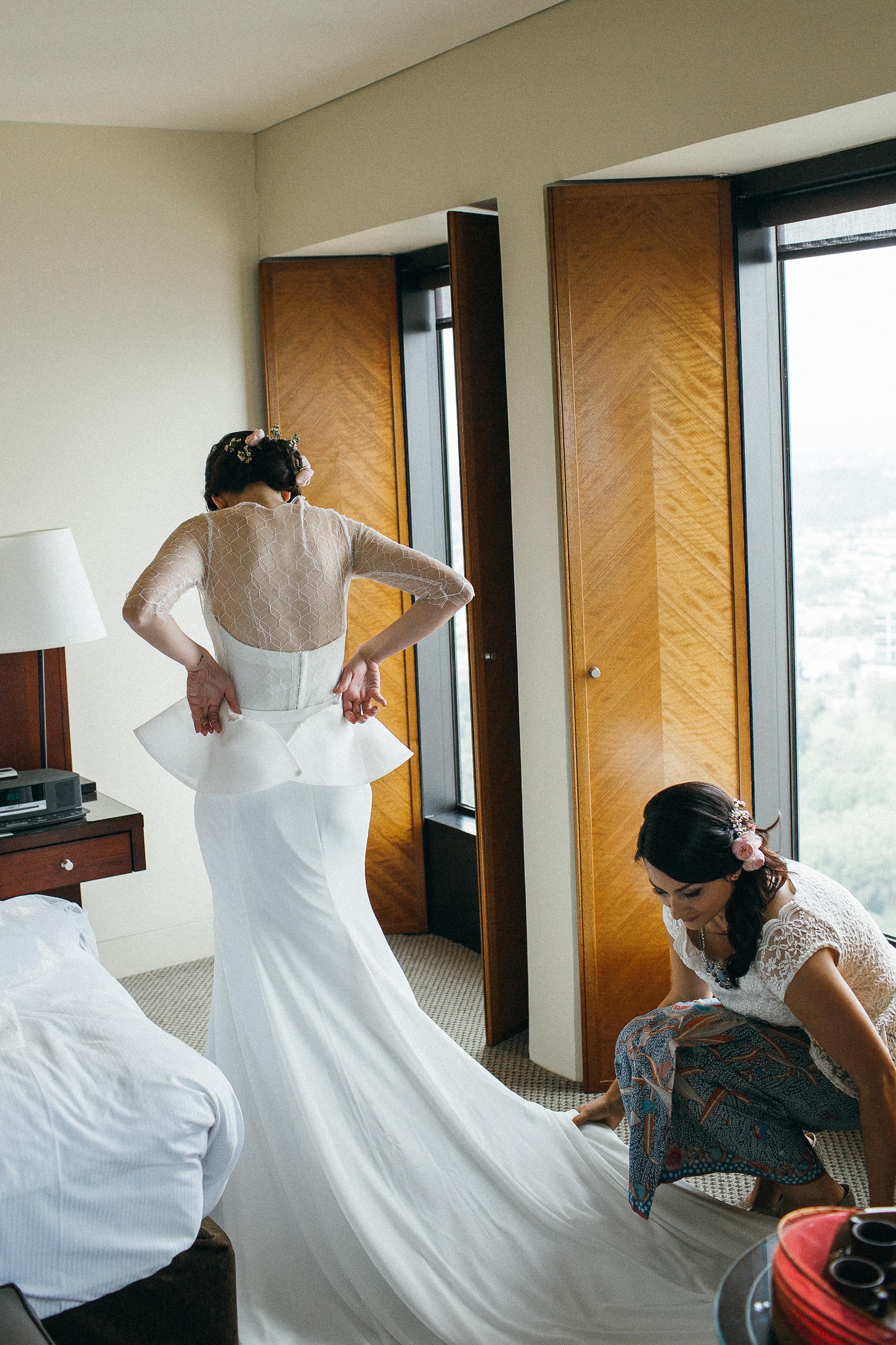 Melbourne-sofitel-wedding-photographer-white-dress