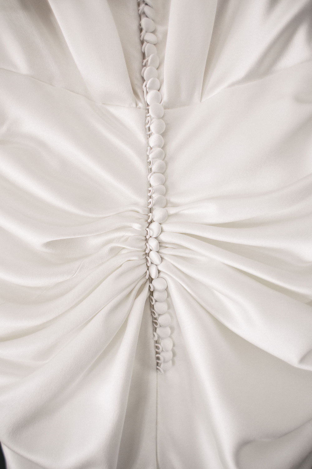 the-deck-prince-st-kilda-wedding-dress-detail