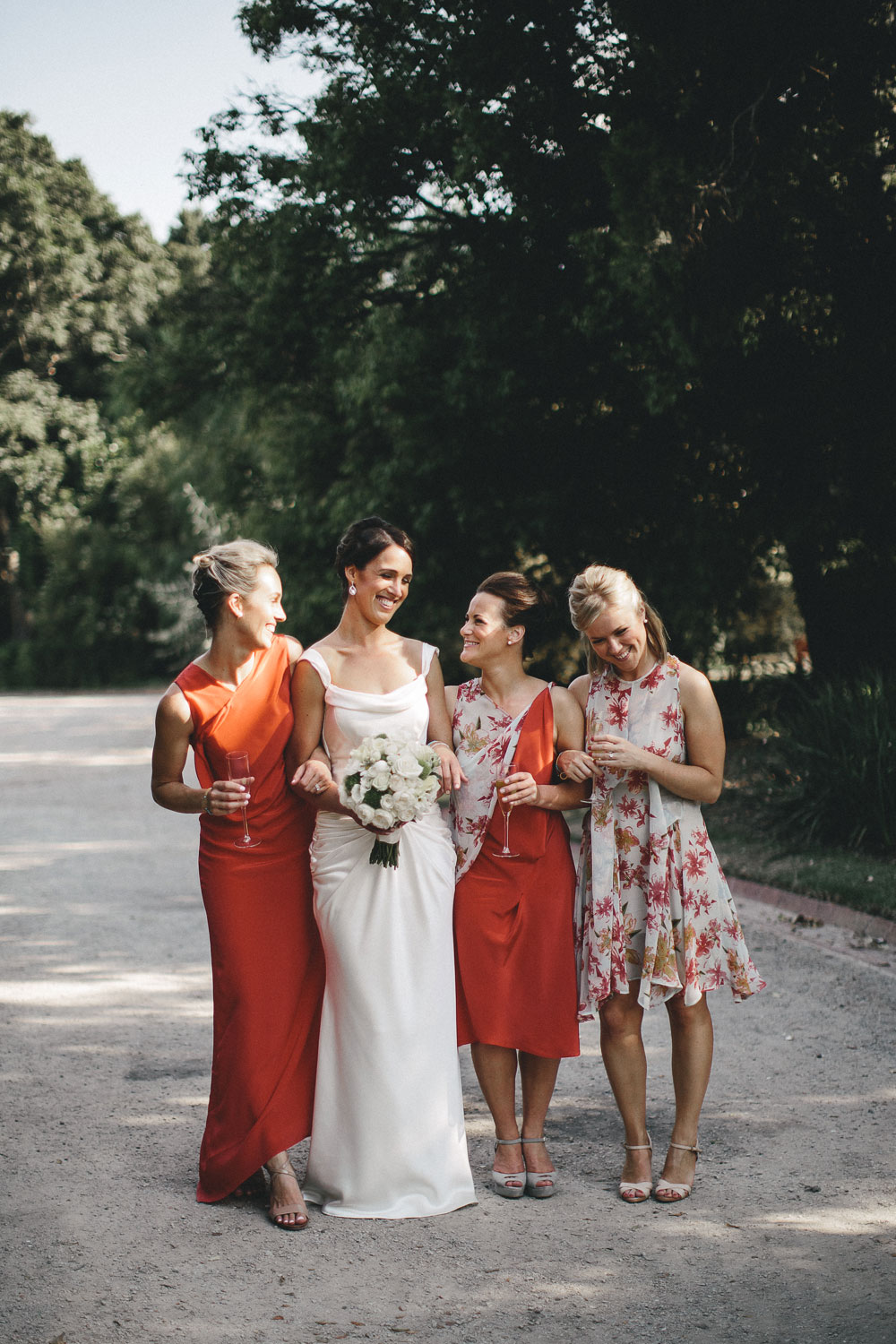 royal-botanical-garden-bridal-party