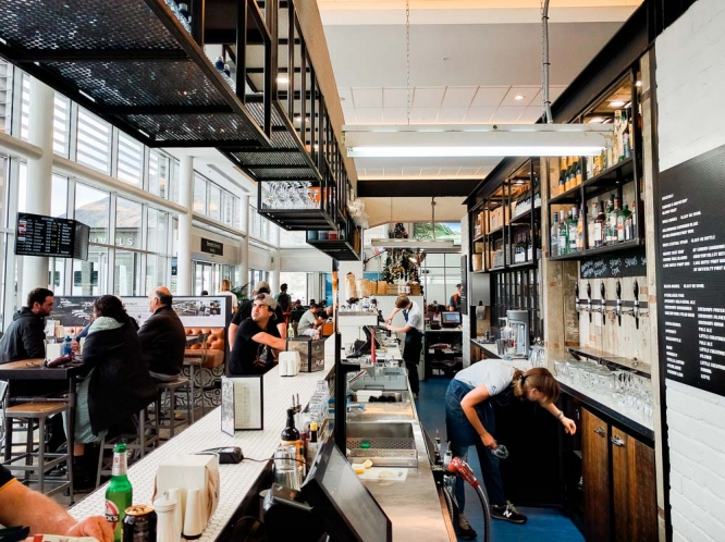 Queenstown-airport-cafe