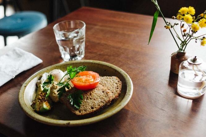 Queenstown-Sherwood-Hotel-brunch-poached-eggs