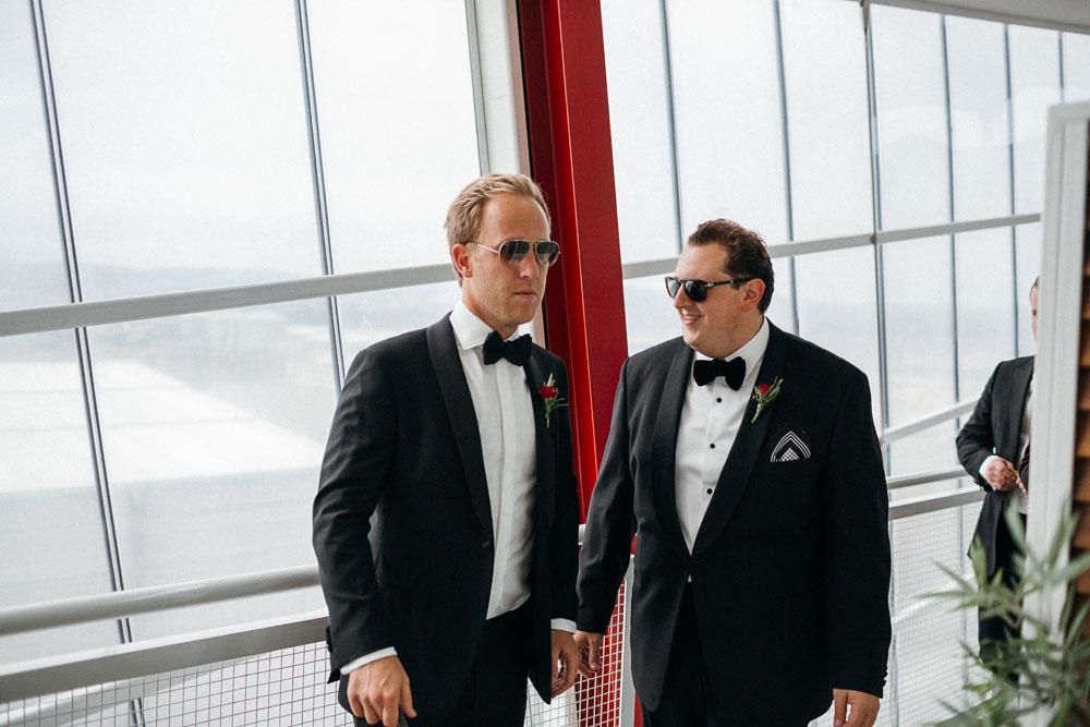 MONA-wedding-photographer-groom-shades