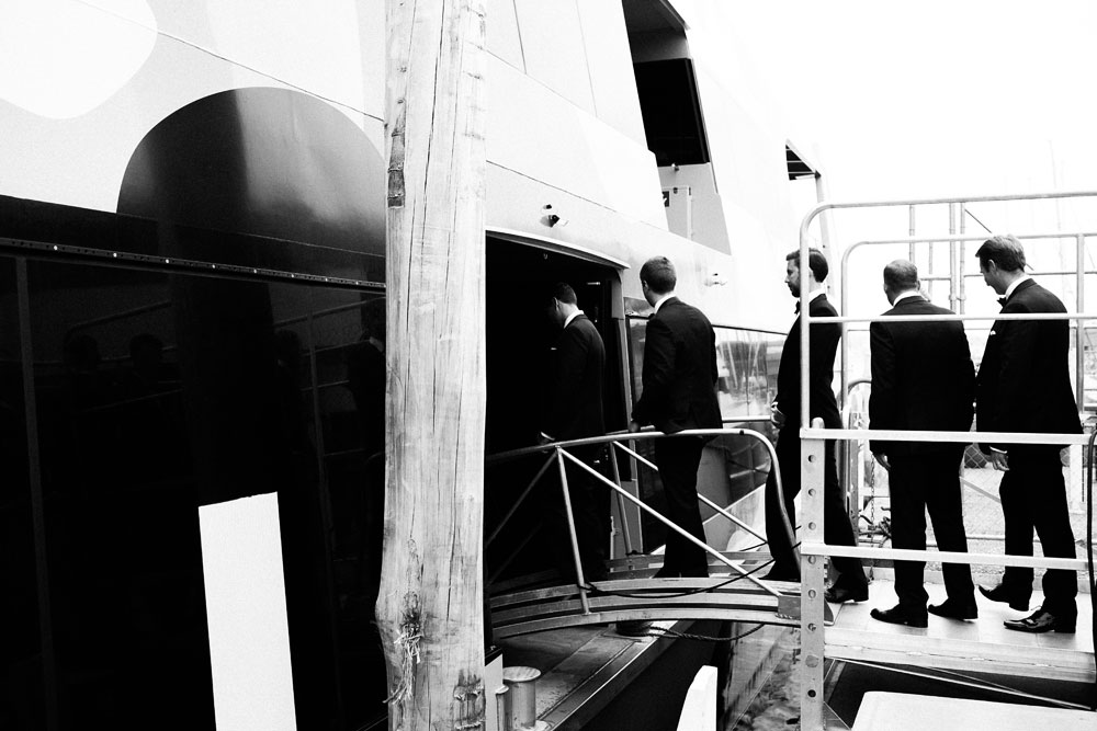 MONA-wedding-photographer-boarding-ferry