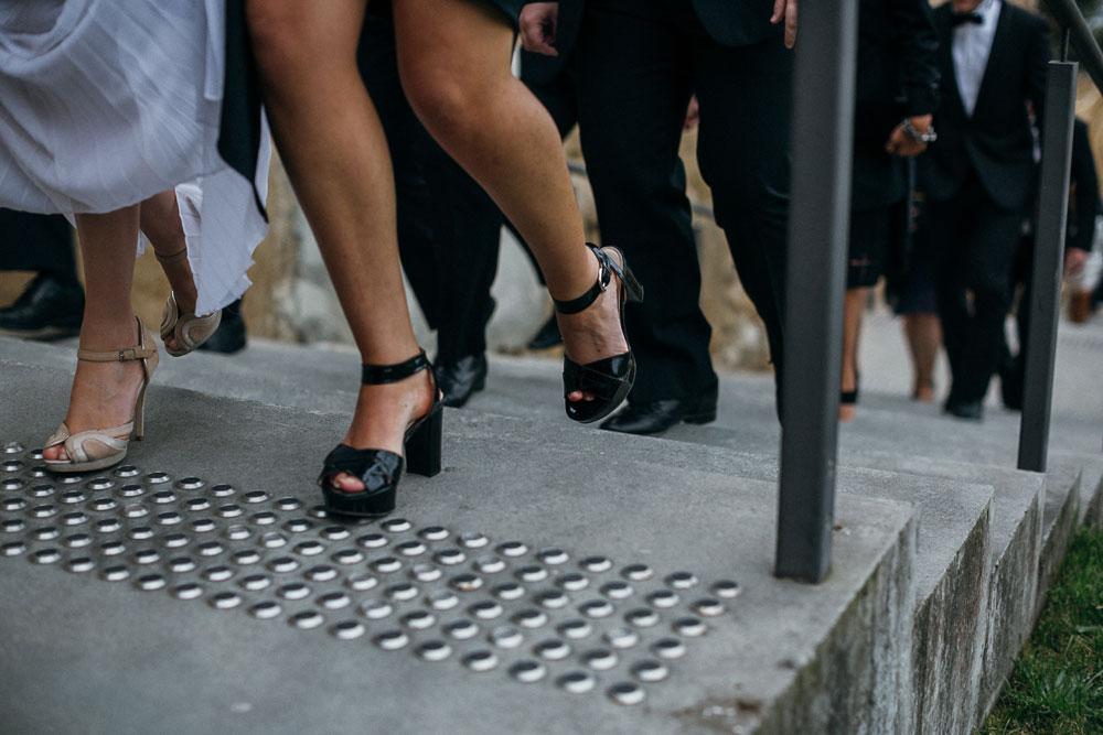 MONA-wedding-photographer-shoes