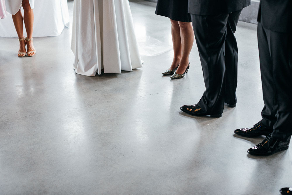 MONA-wedding-photographer-organ-room-shoes