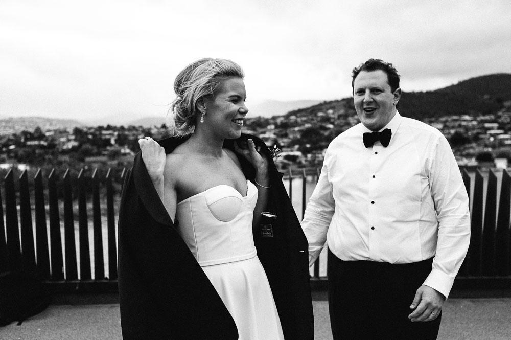 MONA-wedding-photographer-jacket