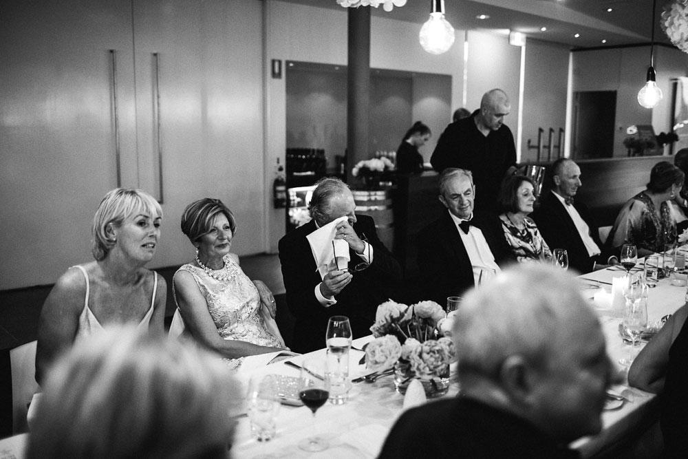 MONA-wedding-photographer-eros-thanatos-crying