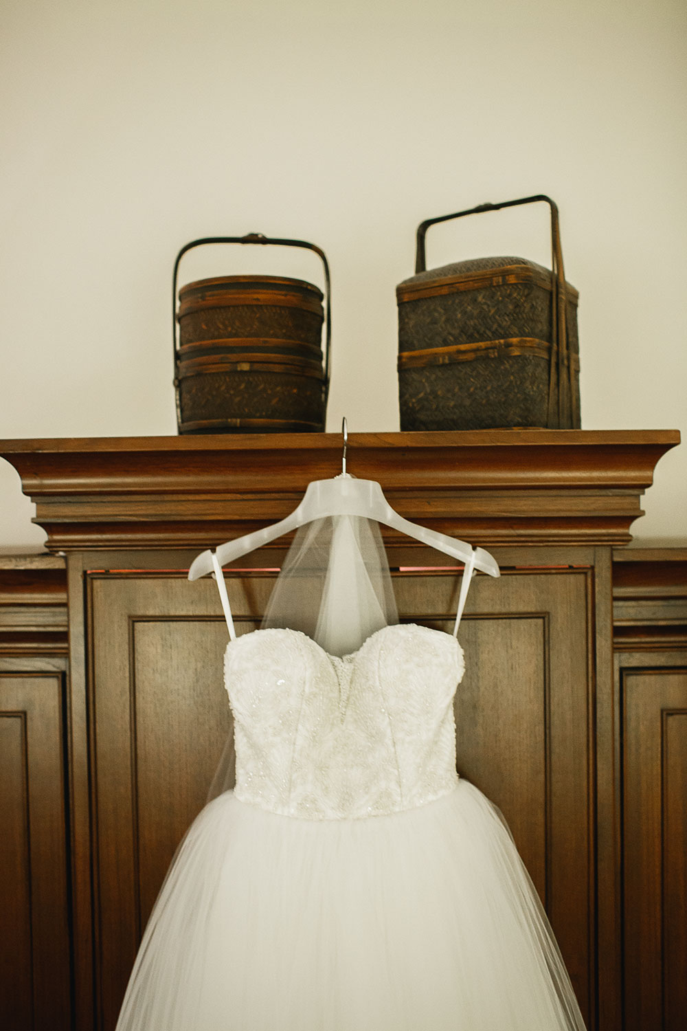 Singaore-Raffles-Hotel-Wedding-dress-close-up