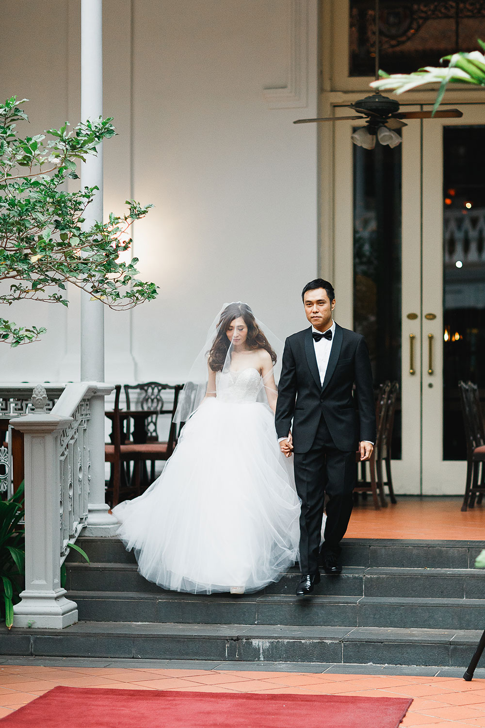 Singaore-Raffles-Hotel-Wedding-ceremony-entrance