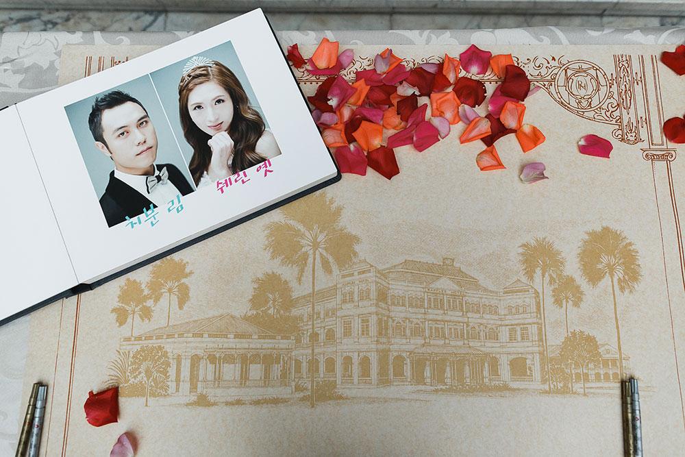 Singaore-Raffles-Hotel-Wedding-guestbook