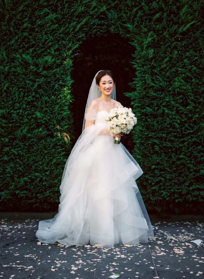 Bride-Suzanne-Harward-dress-Quat-Quatta