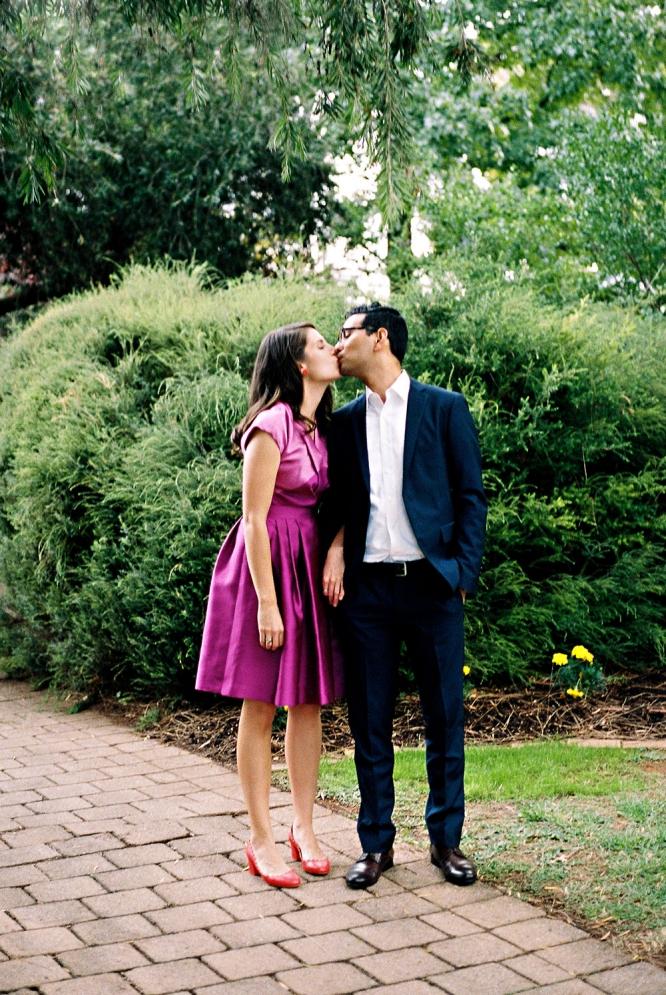 mildura-backyard-wedding-bride-groom