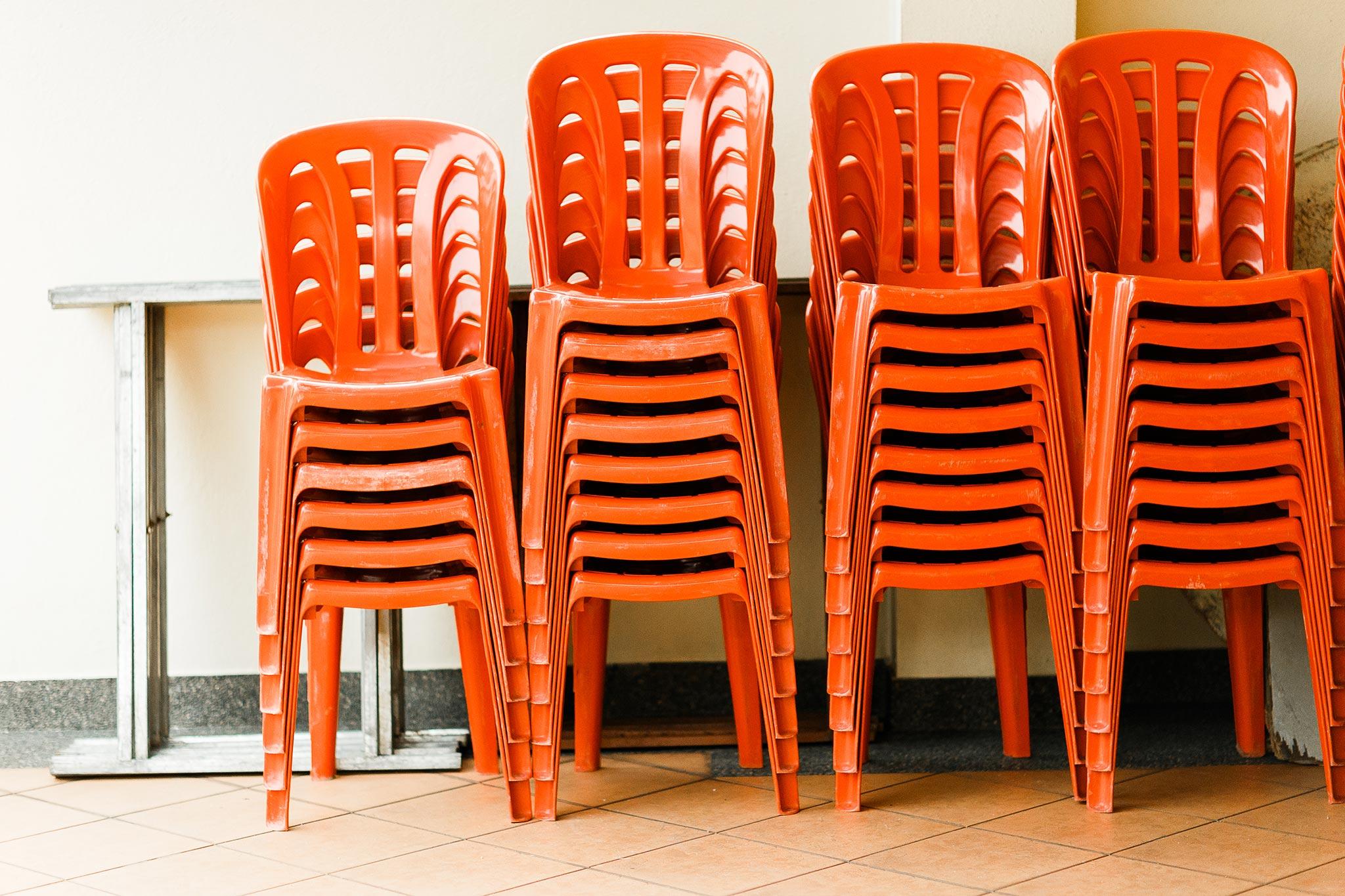 Bankers-Club-Kuala-Lumpur-Wedding-red-chairs
