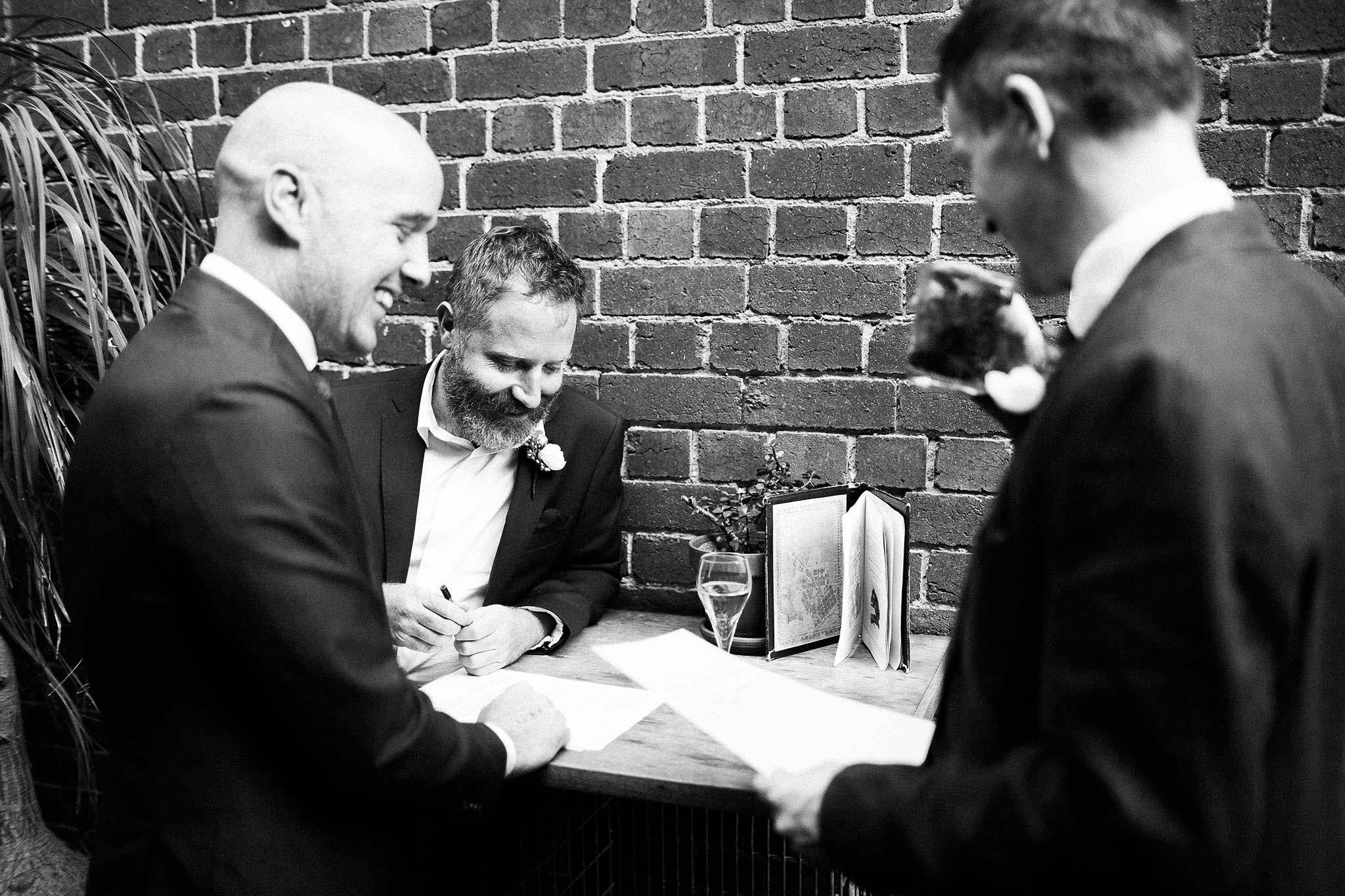 union-electric-pre-wedding-drinks-groomsmen