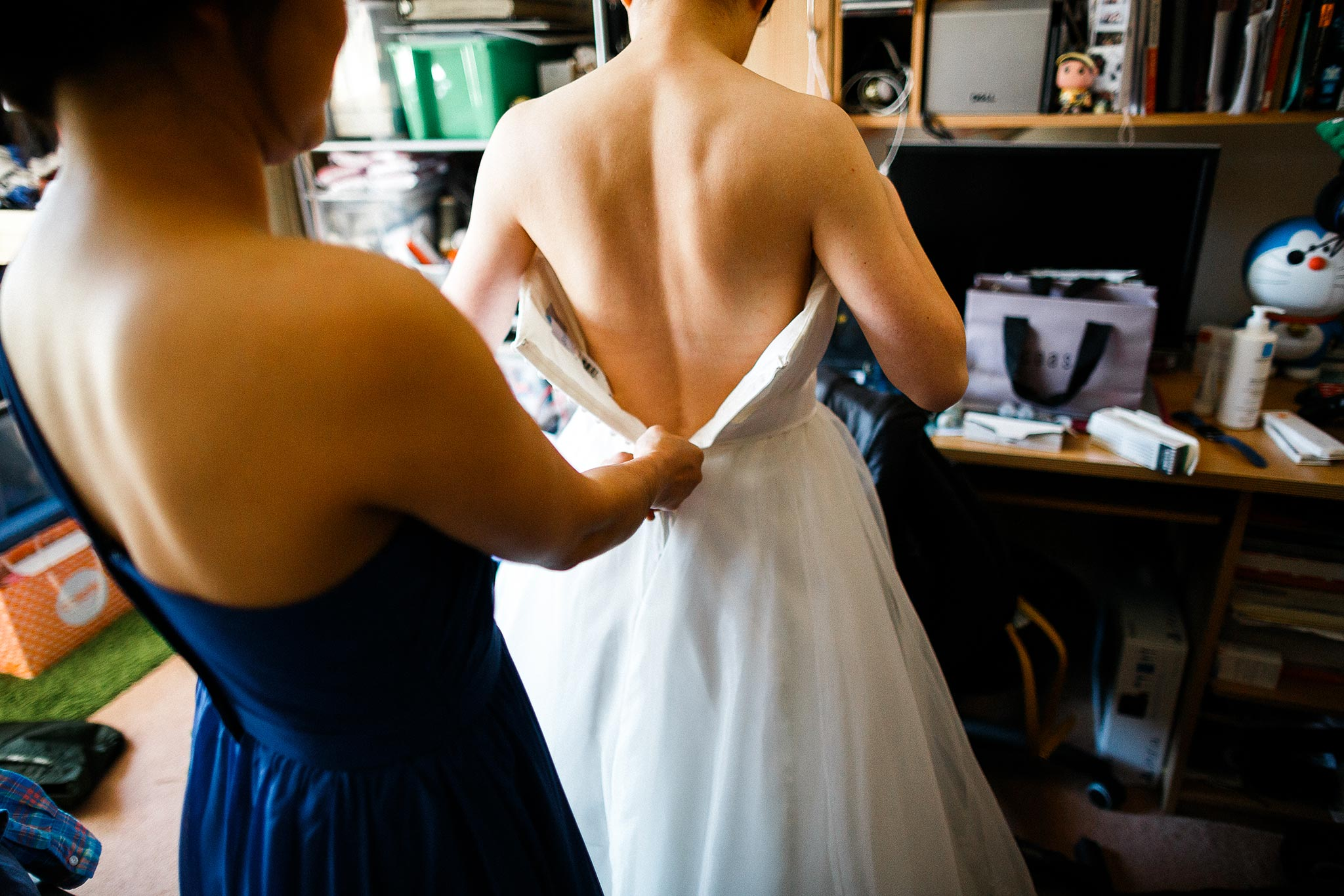 Sydney-Italian-Village-Wedding-Getting-Ready-Bride