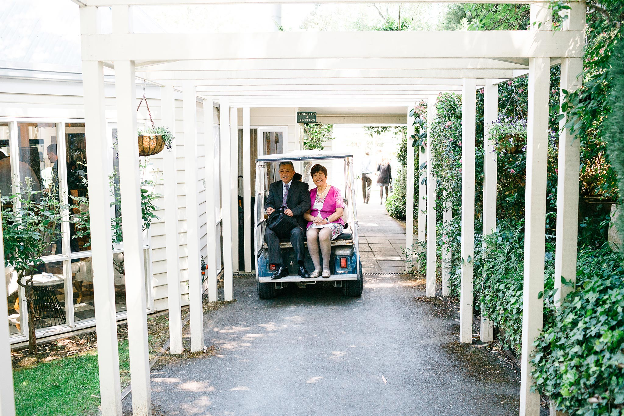 Daylesford-Lake-House-Wedding-Photography-parents-arrival