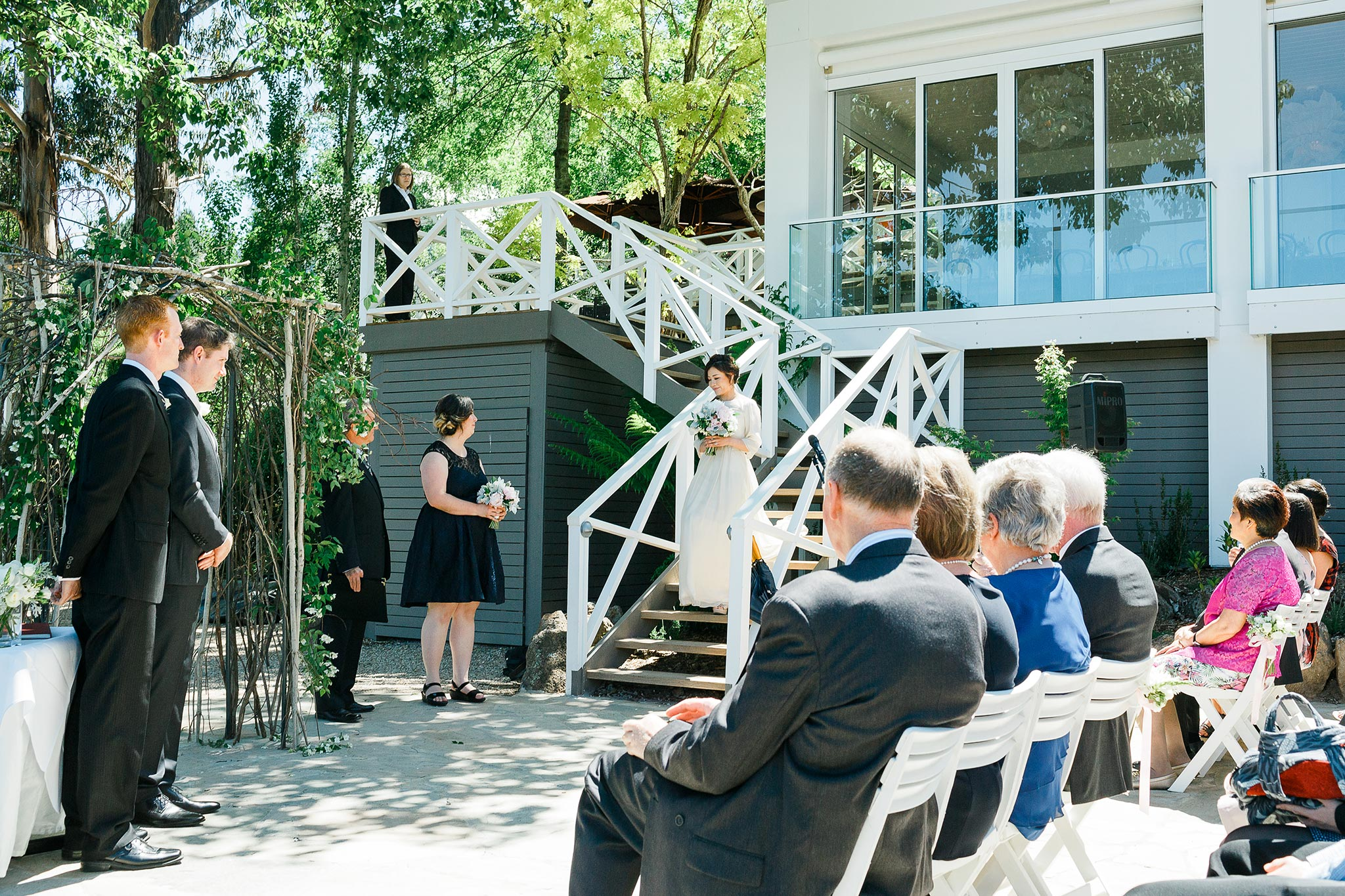 Daylesford-Lake-House-Wedding-Photography-bride-arrival