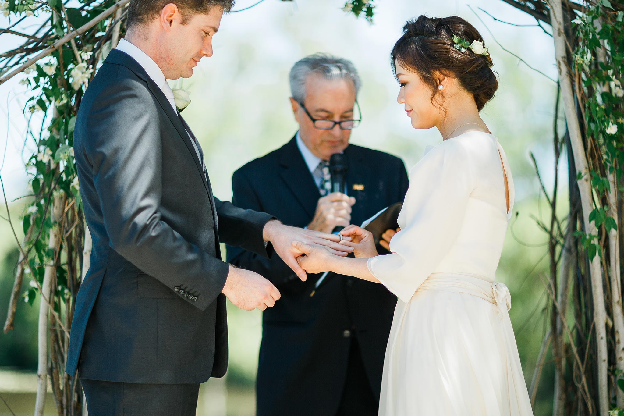 Daylesford-Lake-House-Wedding-Photography-ring