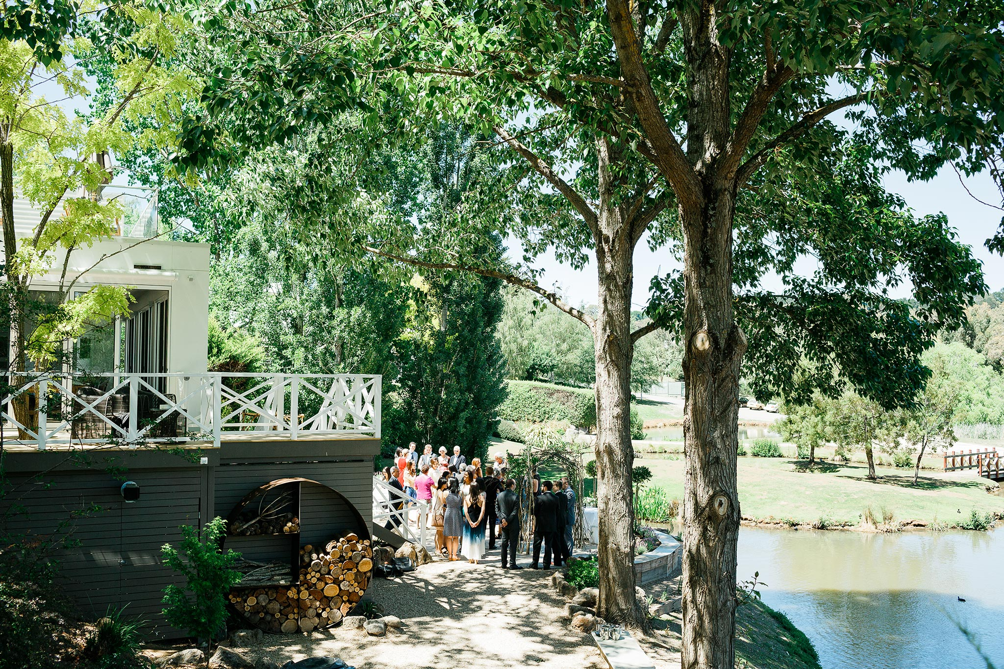 Daylesford-Lake-House-Wedding-Photography-ceremony-venue