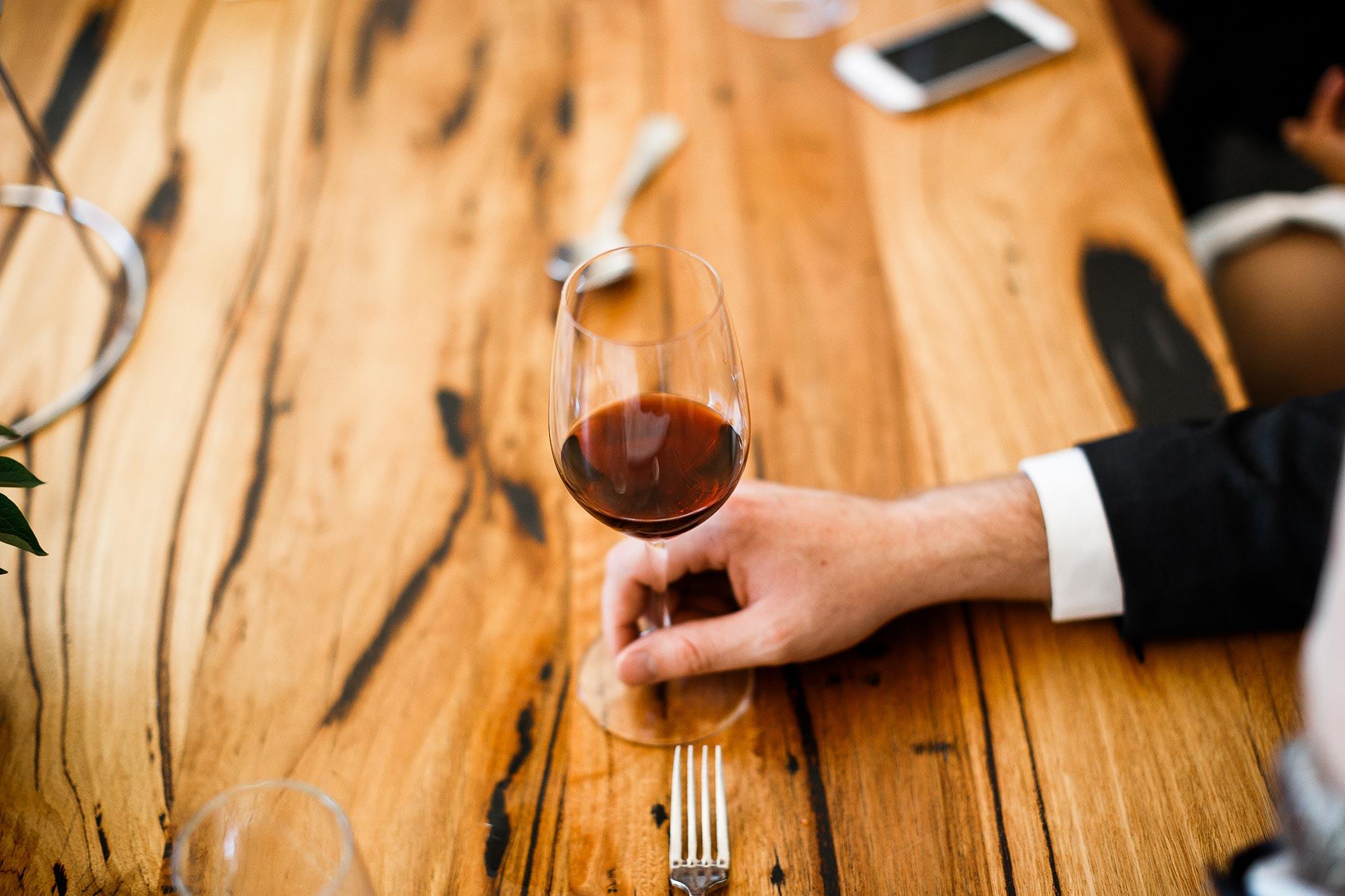 Daylesford-Lake-House-Wedding-Photographer-lunch-reception-wine