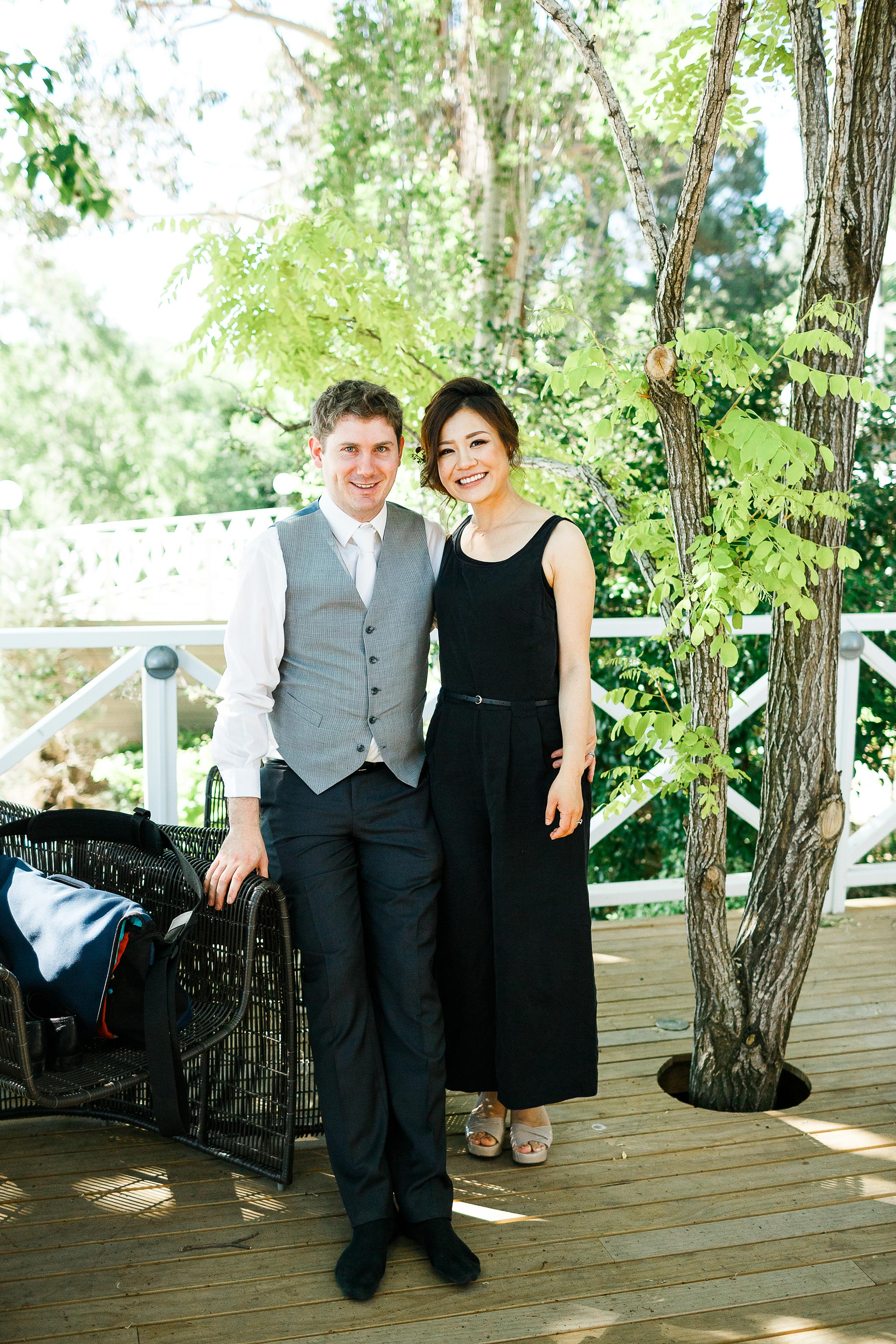 Daylesford-Lake-House-Wedding-Photographer-lunch-reception-bride-groom-casual