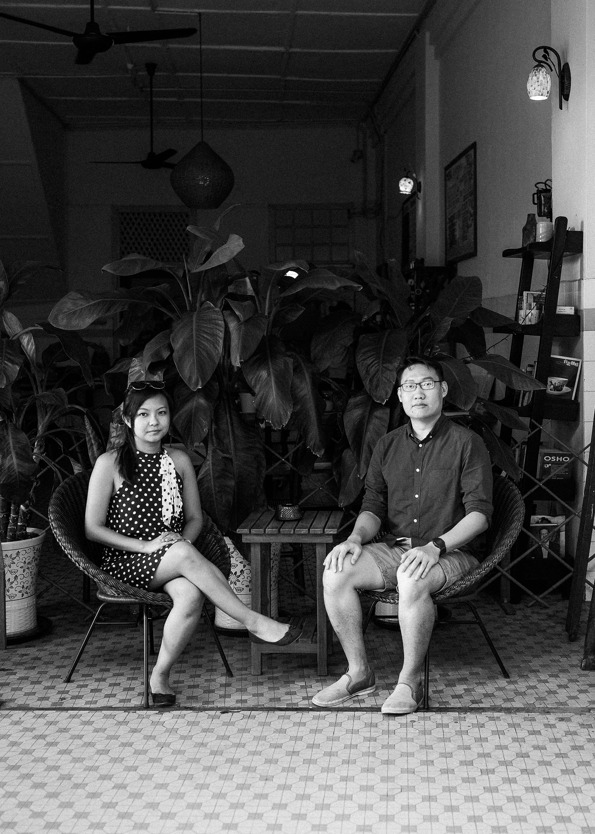 Klang-Engagement-Pre-Wedding-Photographer-Little-India-coffee-shop