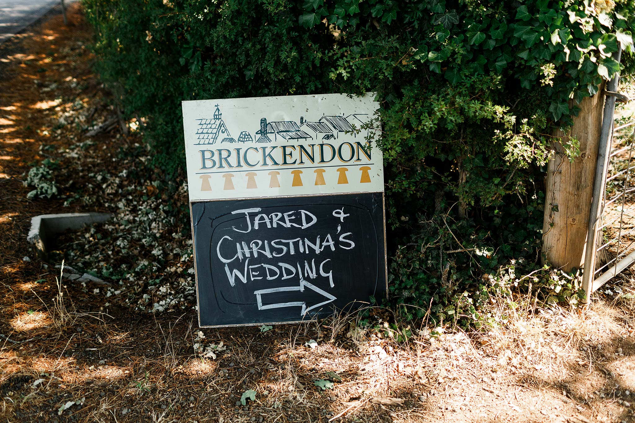 Launceston-Brickendon-barn-Wedding-Photographer-venue