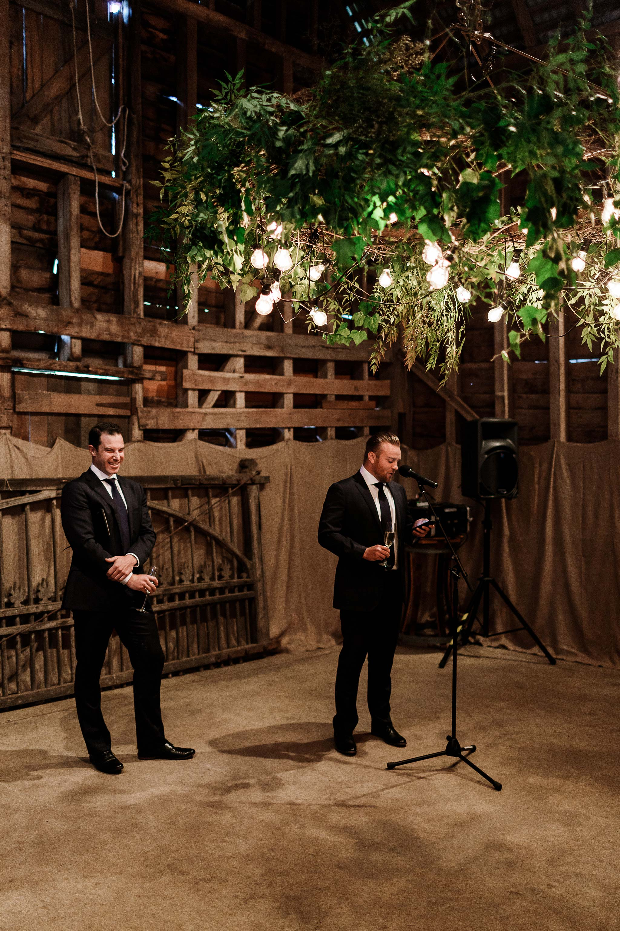 Launceston-Brickendon-barn-Wedding-Photographer-reception-groomsmen-speech