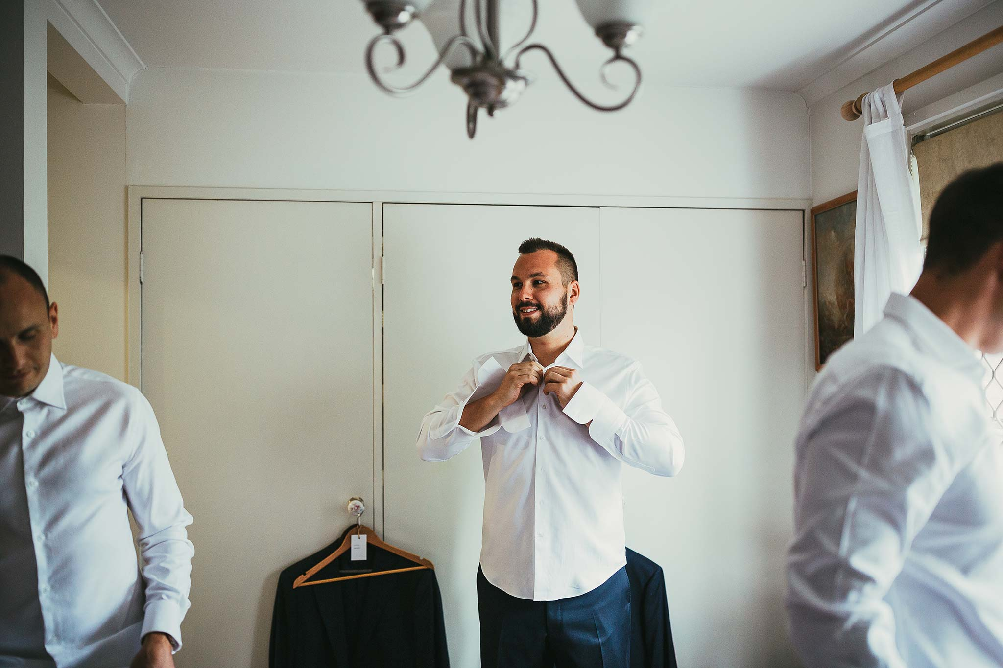quat-quatta-night-wedding-groom-getting-ready