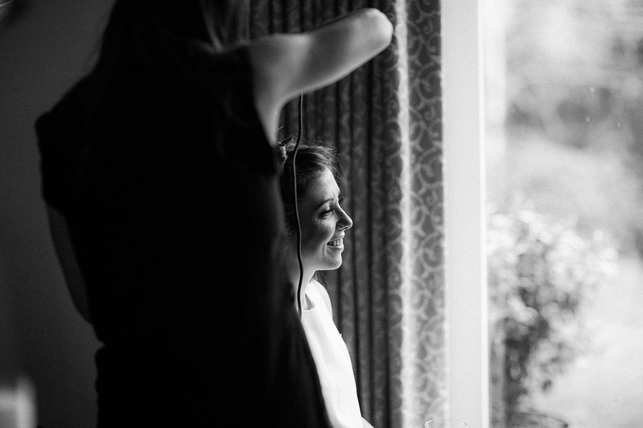 quat-quatta-night-wedding-bride-getting-ready