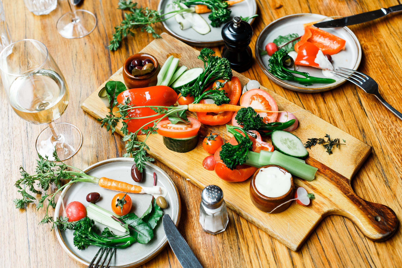 Half-Moon-Brighton-salad-share-plate