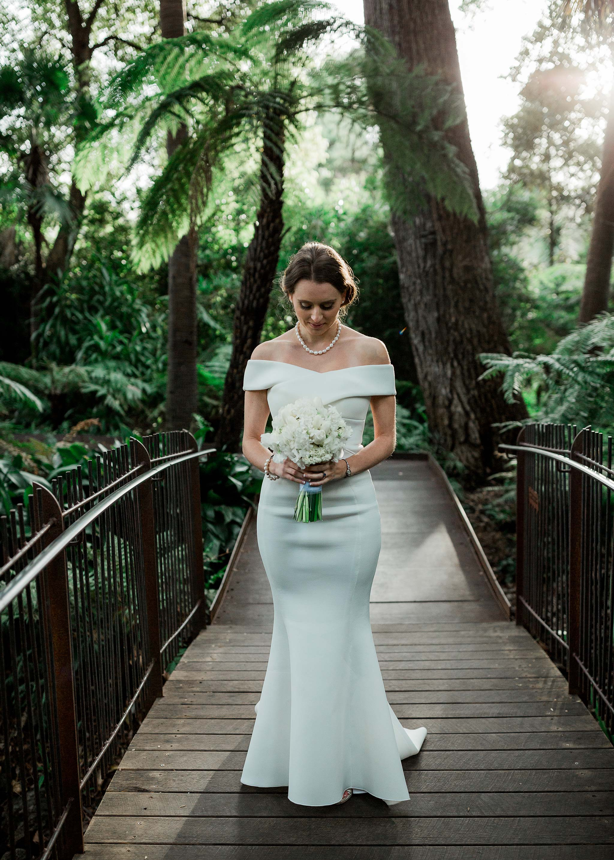 melbourne-royal-botanical-garden-bride-groom-portrait